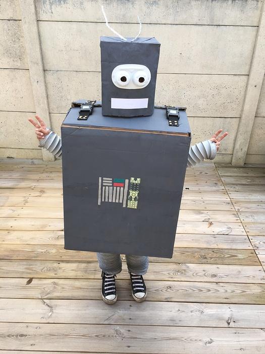 robot vous avez dit robot lullubies. Black Bedroom Furniture Sets. Home Design Ideas